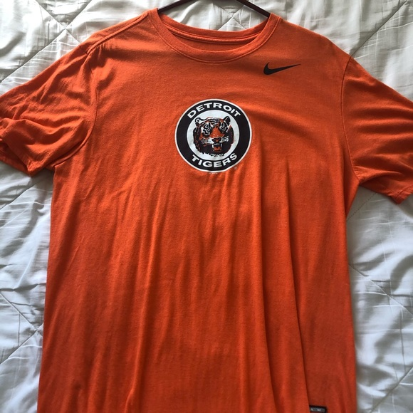 Nike MLB Other - Nike Cooperstown Collection Detroit Tigers T-Shirt
